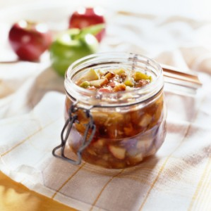 Apple and Green Tomato Chutney